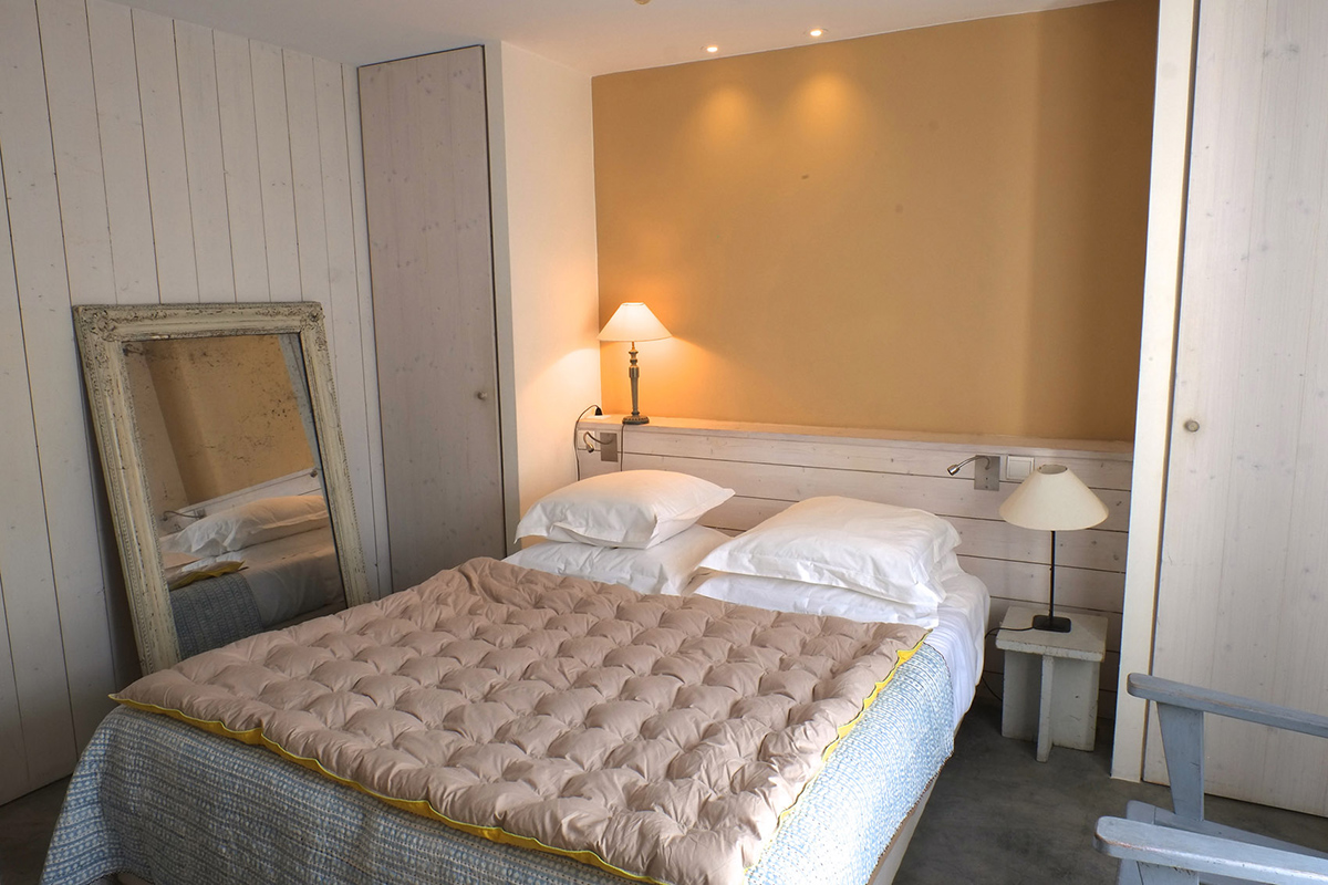 Spacious and bright room - Hotel 3 * Le Senechal Ile de Re