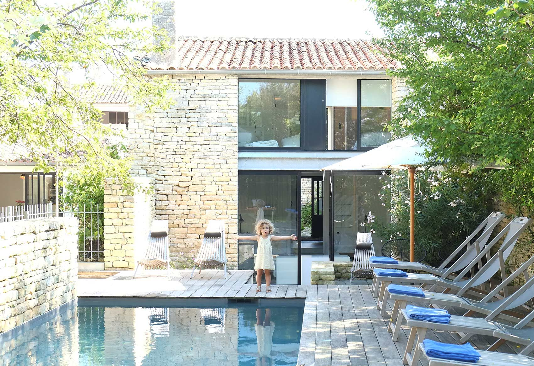 Luxury villa with pool near La Rochelle - Hotel Le Senechal