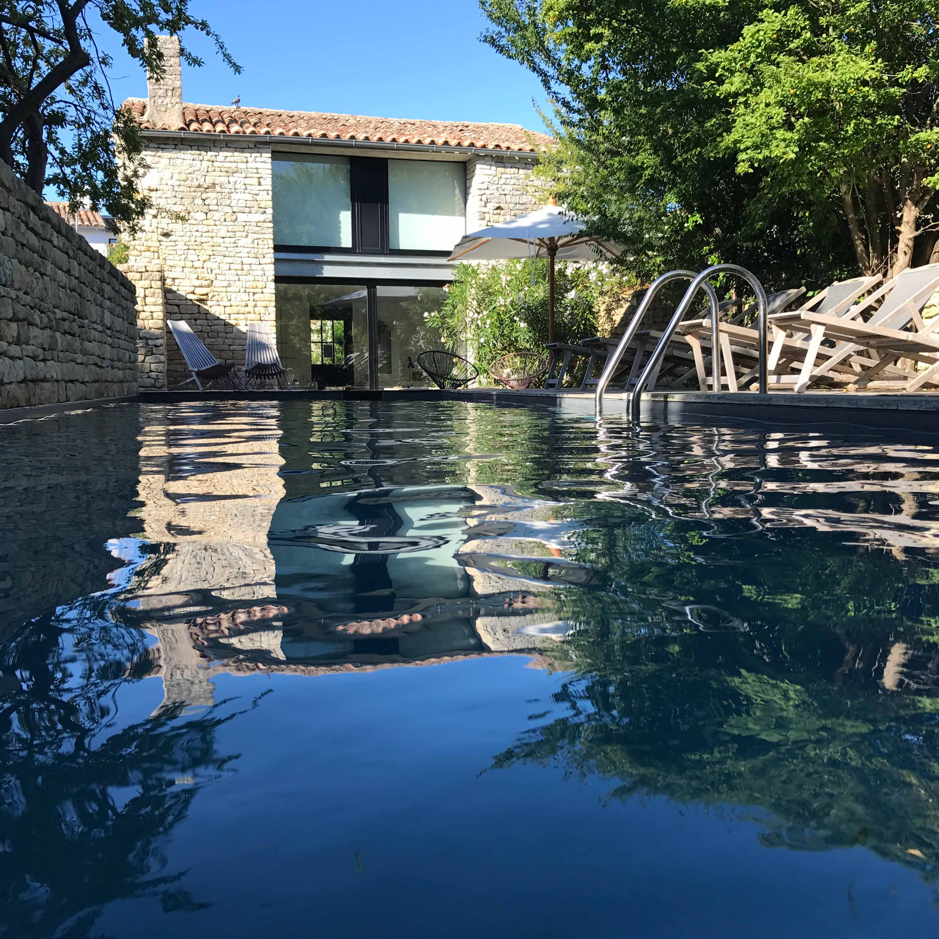 villa victoire ars en re pool renting